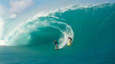 Migration des surfeurs de Rio vers Teahupoo