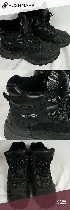 Men's boots DuPont thermolite cougar size 10 black Good condition.  Lightly worn Leather upper thermolite  Shoes Boots