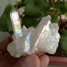 50.2G White Crystal Titanium Bismuth Silicon Cluster Rainbows