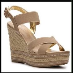 """HOST PICKCharles by Charles David Wedges Charles by Charles David Wedge Espadrilles """"Thrice"""" in beige . Size 9.5 Host Pick Insta-chic Party 3/18 Charles David Shoes Sandals"""