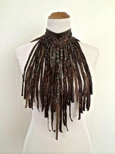 The & WARRIOR& Brown faux leather hand cut Fringe Necklace choker, decorated with beads Larp, Leather Accessories, Leather Jewelry, Leather Necklace, Burning Man, Beltaine, Fringe Necklace, Man Necklace, Maquillage Halloween