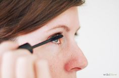 Curl Your Eyelashes Without an Eyelash Curler