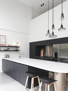 View full picture gallery of Baillet Latour Interior Modern, Kitchen Interior, Kitchen Design, Hotel Kitchen, Kitchen Ideas, Bungalow, Mcm House, Open Space Living, Architect House
