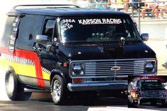 Chevy Vans, Rip Van Winkle, Old School Vans, Cool Vans, 70's Style, Custom Vans, General Motors, Land Rover Defender, Kustom