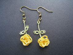 Boucles d'oreille en dentelle, frivolité, Rose jaune