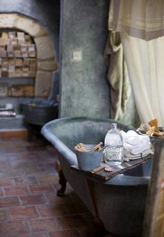 le bain à l'ancien--our new bathroom has elements of this palette, but we can take it deeper!