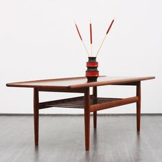 60s coffee table, teak, Grete Jalk    http://www.velvet-point.de/index.php