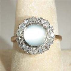 moonstone ring wouldn't want it as a wedding ring buts it's really pretty