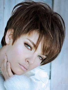 Женские стрижки для коротких волос. Модные и креативные короткие стрижки 2013 - фото. Описание коротких стрижек для разных типов лица. Короткие стрижки: боб, каскад, каре.