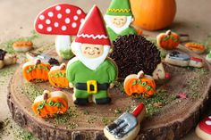 Munchkin Munchies: Gnome Pumpkin Patch Cookies