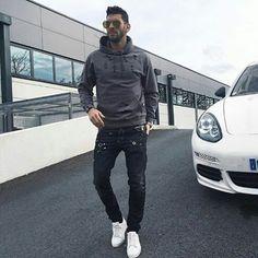 WEBSTA @ staymenfashion - What do you think about this outfit?Cc @sambenzema.......#staymenfashion #thedapperhaus #mensfashionreport #mensfashion #mensstyle #menwithstyle #menwithclass #fashionpost #gq #sprezza #luxurylifestyle #gentleman #classy #dapper #menswear #fashion #mensfashionblogger #style #instagood #picoftheday #boss #luxury #sartorial #instastyle #success #moda #motivation #upscale #instalike #suitandtie