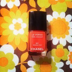 annabelle's instagrams | annabelle.ch Orange-Nail-Kiss #chanel #levernis #307 #orangefizz #happyday #lisaimpoco #annabellewerbemarkt