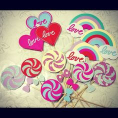 Lollipops, hearts & rainbow photo booth props