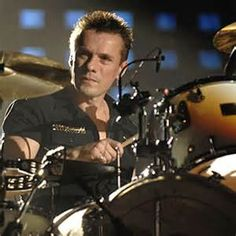 ... Mullen, Jr. Biography, Drum Videos and Pictures | Famous Drummers