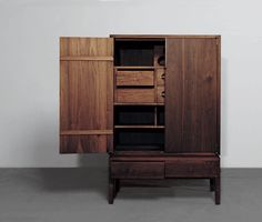 Anhui Cabinet - Made in Japan? Handmade Furniture, Custom Furniture, Wood Furniture, Furniture Design, Solid Wood Dresser, Wood Chest, Cabinet Furniture, Living Furniture, Japanese Furniture