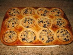 Blueberry Banana Oatmeal Muffins - The Kitchen Table - The Eat-Clean Diet® 135 calories each! Breakfast Recipes, Snack Recipes, Dessert Recipes, Desserts, Clean Eating Diet, Clean Eating Recipes, Blueberry Oatmeal Muffins, Oat Muffins, Banana And Egg