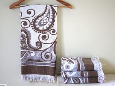 Vintage / Retro Towels - Brown/Cream Paisley (Cannon Royal Family) | Trade Me