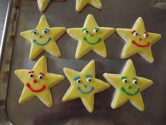 Star smiling cookies.... Log House Cookies