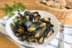 See related links to what you are looking for. Clams Seafood, Fish And Seafood, Mussels, Fish Dishes, Oysters, Bbq, Food Porn, Food And Drink, Menu