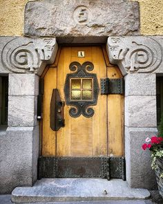 """""""The Finnish jugendstil or art nouveau of is in a class all of its own. Look at that lintel! I would love if would revive it. City Office, Alvar Aalto, Photo Projects, Helsinki, Some Pictures, Finland, Art Nouveau, Building A House, Clock"""