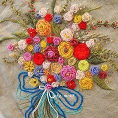 #Embroidery#stitch#자수#프랑스자수#일산프랑스자수#울실#입학,졸업축하 자수꽃다발..드뎌완성~  액자로만들어보자~~