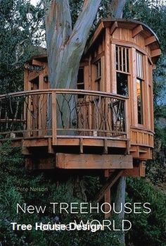 How To Build A Treehouse ? This Tree House Design Ideas For Adult and Kids, Simple and easy. can also be used as a place (to live in), Amazing Tiny treehouse kids, Architecture Modern Luxury treehouse interior cozy Backyard Small treehouse masters Beautiful Tree Houses, Cool Tree Houses, Diy Tree House, Tree House Homes, Adult Tree House, Luxury Tree Houses, Simple Tree House, House Beautiful, Treehouse Masters