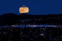 Super Moon in Trondheim, Norway  (by Arve Johnsen)