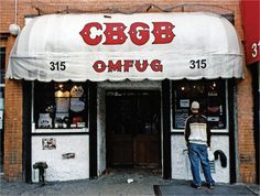 CBGB OMFUG Punk Rock USA Flag Mens T Shirt Stars /& Stripes 315 Bowery Tour Merch