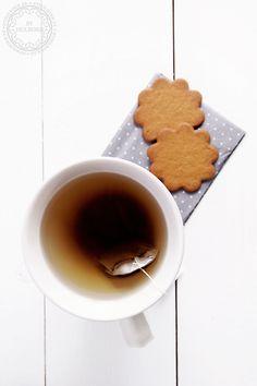 tea + gingerbread