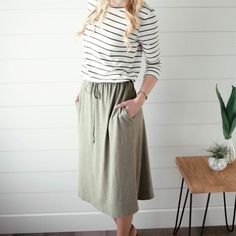 Stripe and Solid Tie Dress Modest Dresses Casual, Modest Skirts, Modest Wear, Modest Clothing, Cute Modest Outfits, Casual Frocks, Long Dresses, Muslim Fashion, Modest Fashion