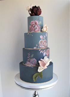 Quiz: How Much Do You Know about Best Wedding Cakes Toronto? - Quiz: How Much Do You Know about Best Wedding Cakes Toronto? Fake Wedding Cakes, Pretty Wedding Cakes, Pretty Cakes, Beautiful Cakes, Amazing Cakes, Blue Wedding, Dream Wedding, Edible Wedding Centerpieces, Cake Toronto