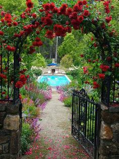 Beautiful Garden,with an Arbor of Red Climbing Roses and a Pool. (20 pieces) Image copyright: internet Pinterest.