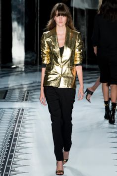 Versus Versace | Spring 2015 Ready-to-Wear | 17 Gold blazer, black 3/4 sleeve top and trousers