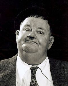 "Oliver Hardy says ""If you voted Tory what another fine mess you put us in"" Laurel And Hardy, Stan Laurel Oliver Hardy, Great Comedies, Classic Comedies, Classic Films, Comedy Duos, Movie Magazine, People Of Interest, Face Expressions"