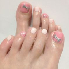 Pink Toes and Bows