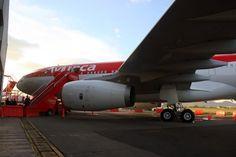 Avianca entra en Star Alliance y aumenta sus vuelos entre Madrid y Bogotá Aircraft Engine, Engineering, Fokker 50, Vehicles, Madrid, Transportation, Trendy Tree, Cars, Mechanical Engineering