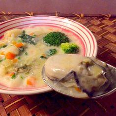 ビーフシチューにでもしてあげようかなと思ったら、お魚の日だからクリームのシチューのスープ(クラムチャウダー)にして(*´人`)とリクエスト❗️今宵は前から食べたかった牡蠣ちゃんも投入 - 46件のもぐもぐ - Oyster chowder牡蠣チャウダー by honeybunnyb