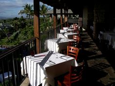 <3 Capische Restaurant With BREATHTAKING View Of The Ocean Maui, Hawaii <3
