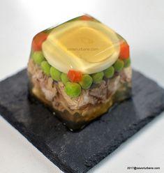 piftie cubica de curcan cu decor modern (2) Turkey Recipes, Sushi, Food And Drink, Mai, Japanese, Urban, Diet, Chicken, Ethnic Recipes