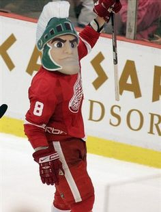 justin abdelkader - showing his Sparty