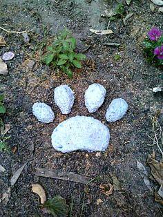 Stepping Stone, Paw Print, Pet Memorial, Concrete Stone, Dog Paw. $20.00, via Etsy.