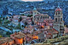 ALBARRACÍN   Este pequeño y bonito pueblo medieval de tan solo 1.097 habitantes se encuentra en la provincia de Teruel (España).