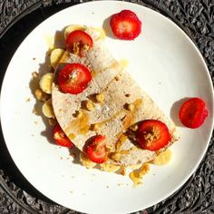 Whole wheat tortilla( 100 calories) wrapped with fresh strawberries  bananas  peanut butter. Drizzled with organic honey  chopped walnuts. Super easy tasty and satisfies my sweet tooth . . . #tortilla #strawberries #banana #crepe #healthyversion #sweettooth #walnutcreek #honey #homemade #easyrecipes #healthychoices #fitclub #droolclub #fitfam #eatclean #peanutbutter #foodie #foodiegram #foodporn #foodism #foodphotography #tampafoodie #nutritious #delicious #delish #lovetoeat #foodshare…