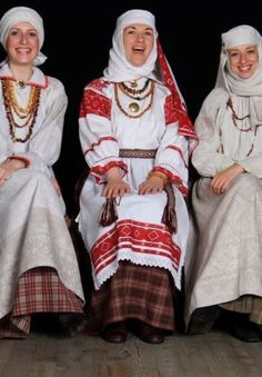 Belarus (Eastern Europe) - Belarus women in traditional folk dress.