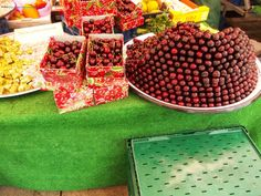 Fresh fruits at the local markets Fresh Fruit, The Locals, Strawberry, Food, Regensburg, Strawberries, Meals