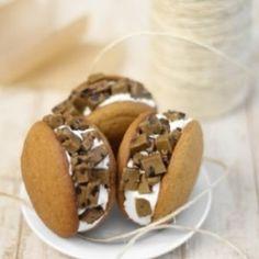 Pumpkin cookie dough whoopie pies yum
