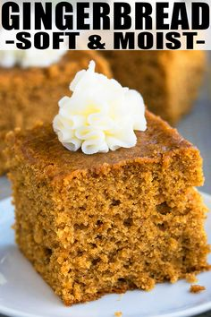 Quick and easy gingerbread recipe, made with simple ingredients. This old fashioned, classic gingerbread cake is soft, moist, loaded with molasses & spices. Köstliche Desserts, Holiday Baking, Christmas Desserts, Christmas Baking, Delicious Desserts, Dessert Recipes, Christmas Bread, Christmas Recipes, Easy Cake Recipes