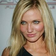"""Cameron Diaz is an American producer, actress and former fashion model. She is 45 still considered one of Hollywood's leadingRead More Stylish Cameron Diaz Hairstyles"""" Cameron Diaz Hair, Bleach Damaged Hair, Damaged Hair Repair, Rachel Welch, Jessica Biel, Kate Beckinsale, Evan Rachel Wood, Hair Growth Treatment, Hair And Beauty"""