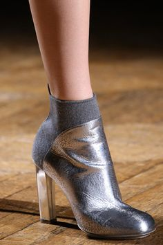 How clever? a sock-like back of the boots for a sleeker look! Dries Van Noten - Autumn/Winter 2014 - New Shoes Styles & Design Bootie Boots, Shoe Boots, Ankle Boots, Stiletto Heels, High Heels, Mode Shoes, Shoe Closet, Beautiful Shoes, Shoe Game