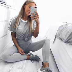 Fashion inspo and Athleisure Outfits, Sporty Outfits, Simple Outfits, Classy Outfits, Trendy Outfits, Cool Outfits, Fashion Outfits, Fashion Fashion, Vetement Fashion